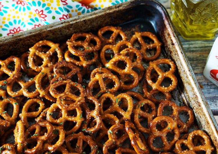 Zesty Italian Seasoned Pretzels